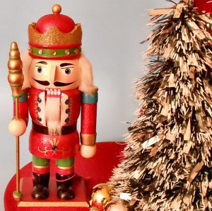 Wooden Nutcracker King - 10 inch